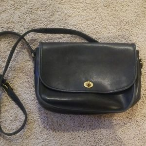 Vintage coach city crossbody bag